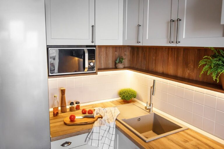 stylish-kitchen-interior-with-modern-furniture-and-3YSSFQY-min